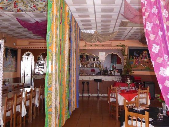 Alcaucín, España: De bar