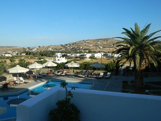 Hotel Eri: pool
