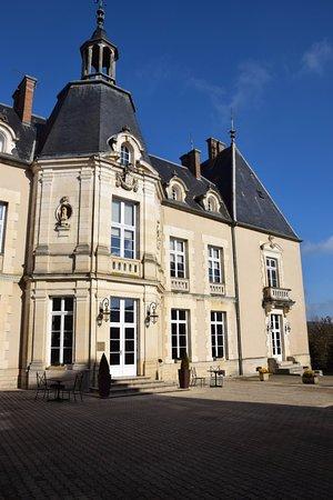 Chateau Sainte Sabine : Château