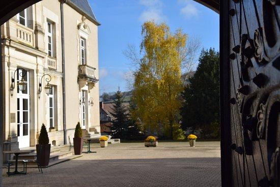 Pouilly-en-Auxois, France : extérieur