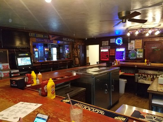 Quakertown, Pensilvania: @ Bar