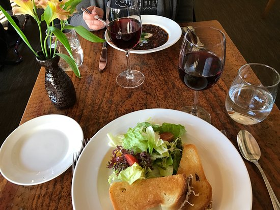 Greens Restaurant: Grilled Cheese with salad, Black Bean Soup