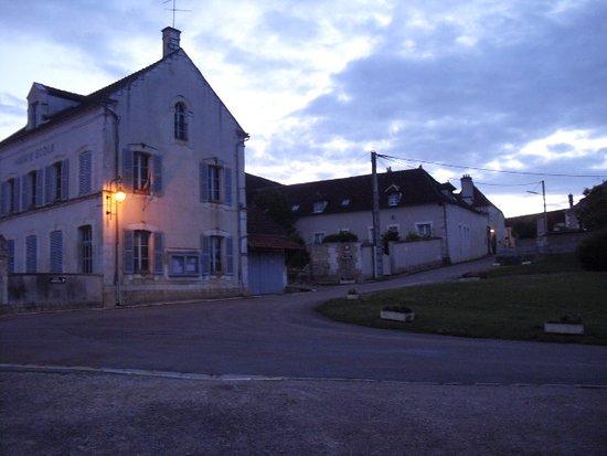 Auxerre, France: ganz einsam, hier ist nichts !!!