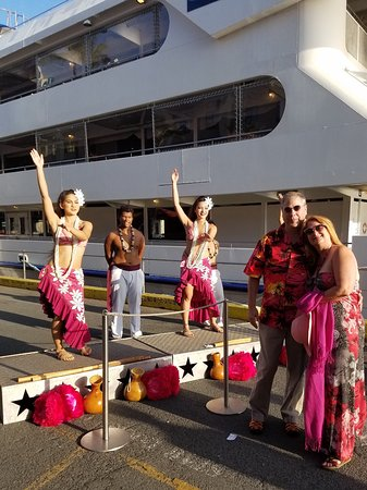 Star of Honolulu - Dinner and Whale Watch Cruises: Pre boarding