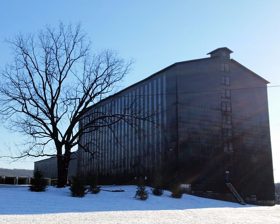 Clermont, เคนตั๊กกี้: 20,000 barrels of bourbon waiting for your visit