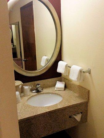 Clarksville, TN: Very small vanity