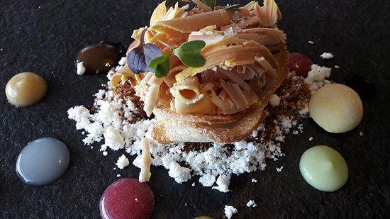 Corca, إسبانيا: Uno de los platos con texturas y sabores