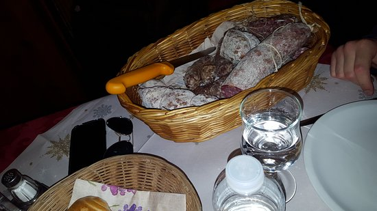 Morgex, Italia: Fantastico pranzo ricco di genuinità