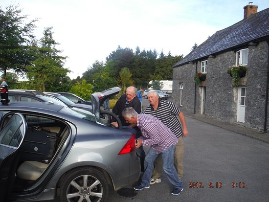 O'Briens Cashel Lodge Resmi