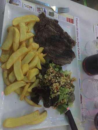 Quillan, France: Very good food and friendly service