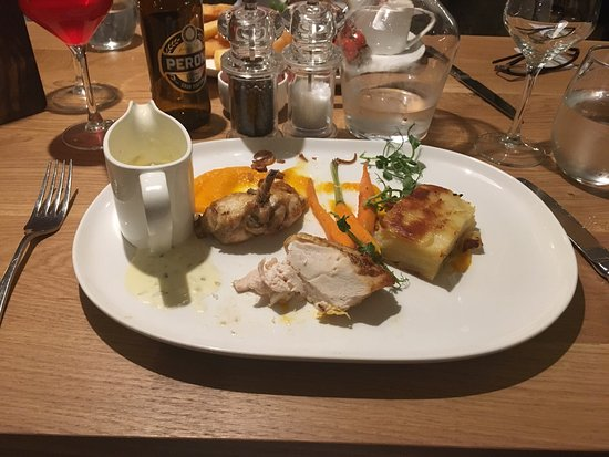Sandbach, UK: Simply excellent! The food, service and drinks here are simply fantastic!
