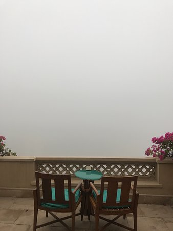 The Oberoi Amarvilas: view from the balcony. thickest fog i have ever seen, but like i said this was not the hotels fa