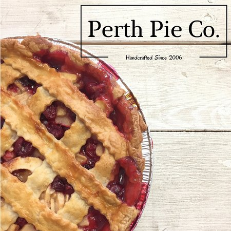 Perth Pie Co (apple cranberry pie)