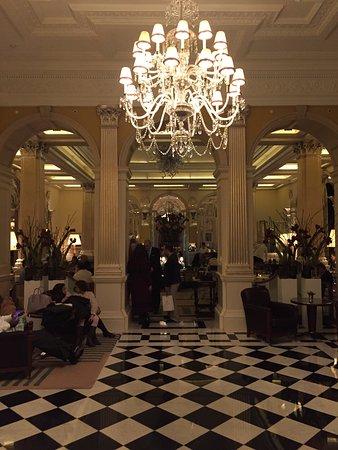 Claridge's: Hotel Foyer from street entrance