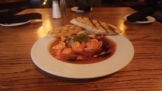 Auburn, Californien: We can't get enough seafood