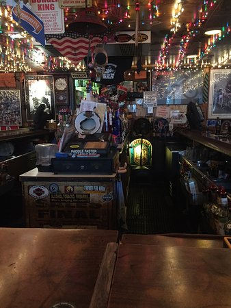 Middlefield, CT: Red Dog Saloon Cafe