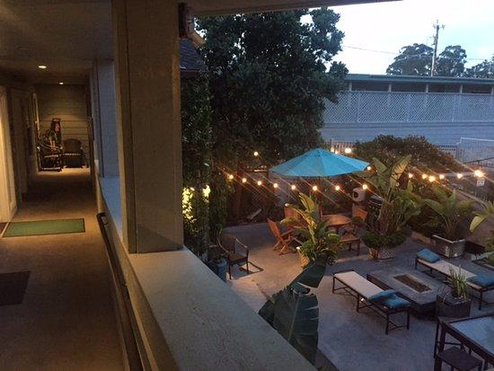 Cayucos, CA: Hall and garden below