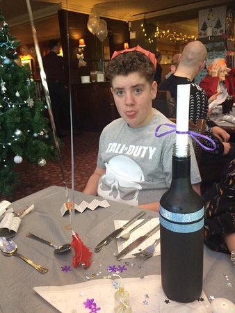 Woolsington, UK : Christmas dinner 2016, it was the simple things that made it so special thank you