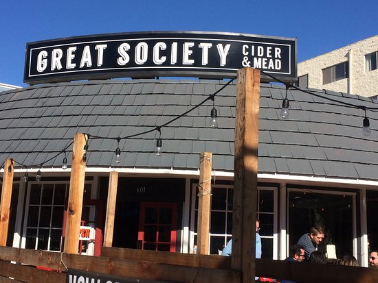 Photo of Restaurant Great Society Cider & Mead at 601 E. Broadway, Long Beach, CA 90802, United States