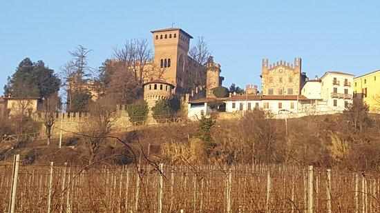 Габьяно, Италия: Vista Castello di Gabiano