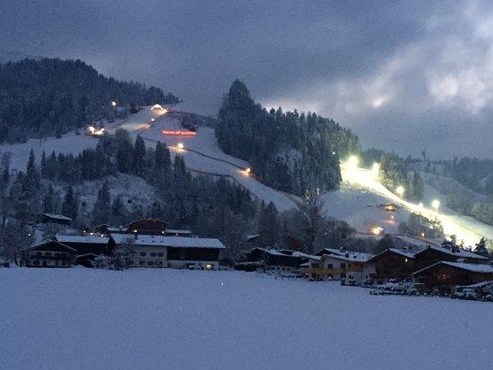 Hotel Edelweiss: Course de ski
