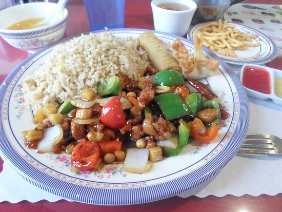 Victorville, Kalifornien: Kung Pao Chicken lunch meal