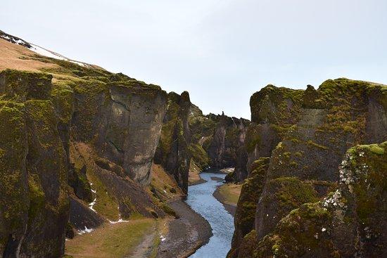 Kirkjubaejarklaustur, IJsland: Canyon from top