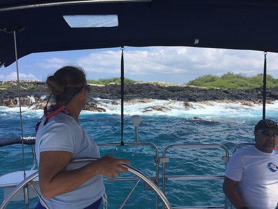Hawaii Island Sailing: Captain Elayne picking up a mooring