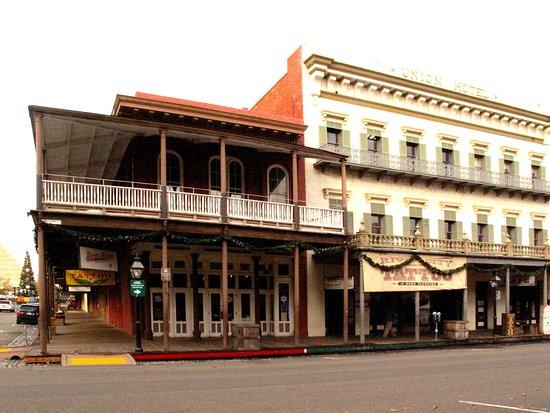 Old Sacramento Restaurants