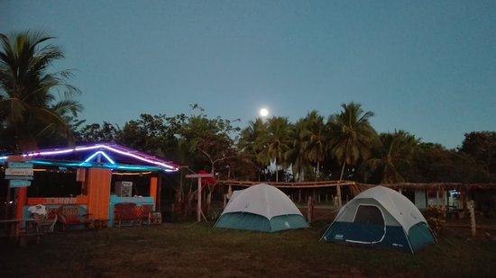 Playa Las Lajas, Panama: Johnny Fiestas