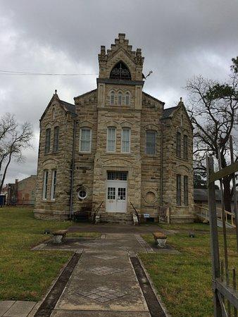 La Grange, TX: Exterior photo