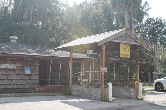 Hawthorne, FL: A great place to eat, just down the road from the Majorie Kinnan Rawlings State Historic Site.