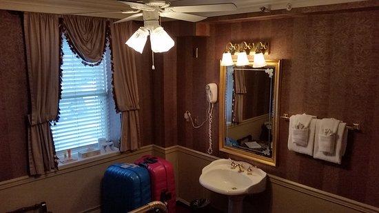Athabasca Hotel: quarto econômico - sem banheiro
