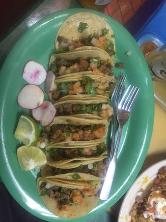 Truckee, CA: 8 Carna Asada Taco's