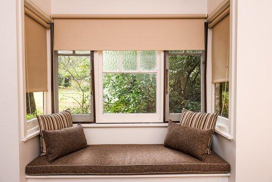 Blackheath, Australia: Five-bedroom Cottage