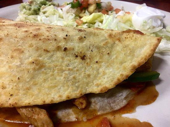 Fajita Quesadilla con pollo, The Cantina, Norris, TN 37828