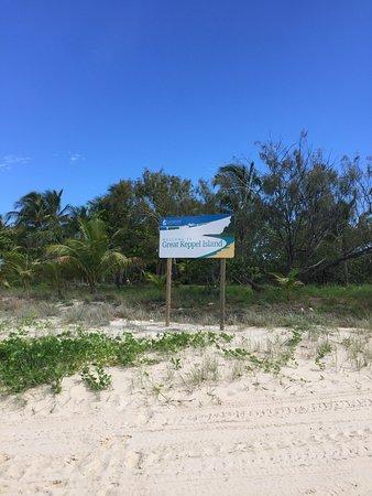 Остров Грейт-Кеппел, Австралия: the welcome sign