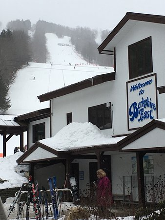 Charlemont, Массачусетс: Berkshire East Ski Resort