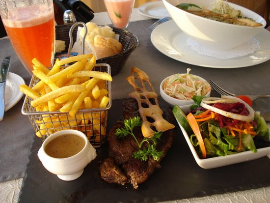 Sunset Cafe : Mom's meal