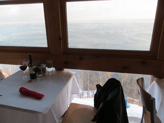 """Va Bene Caffe: Window view from """"outside"""" dining room overlooking the lake"""