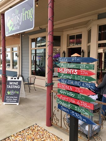 Copperopolis, CA: The Tipsy Frog Wine Bar