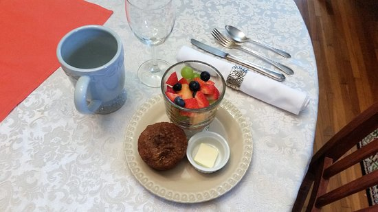 Cliff Manor Inn : What a way to start your day!