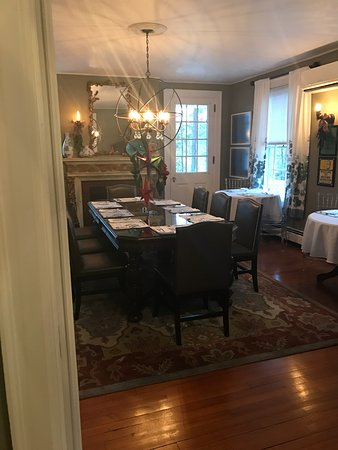 Applewood Manor Inn Bed Breakfast Updated 2018 Prices Bb