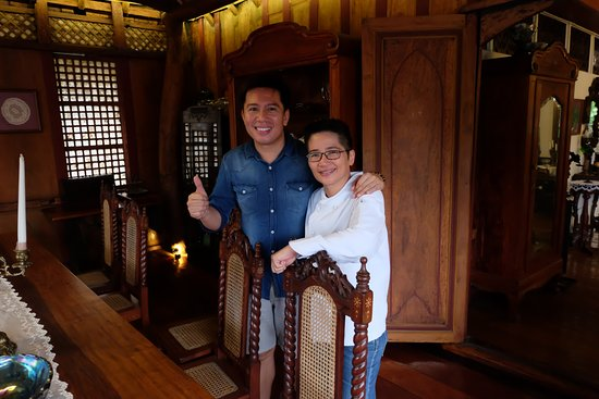 Taal, Philippines: So happy to have a picture with Chef Giney Villar