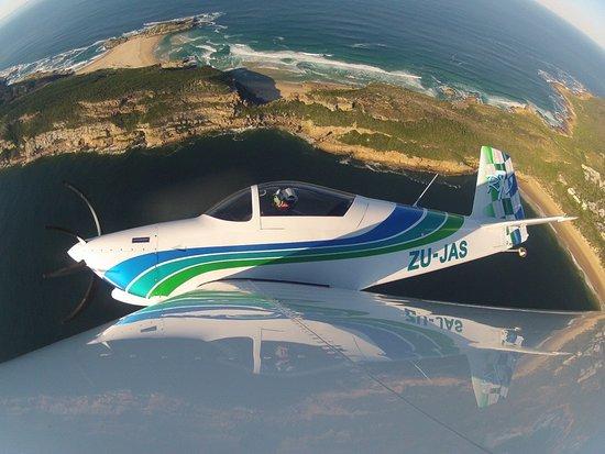 Plettenberg Bay, Sudáfrica: Fun in the aerobatics plane!