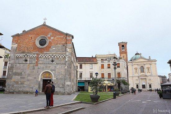 Gallarate, Italie : ガララーテ サン・ピエトロ教会