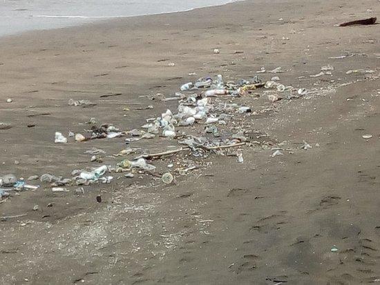 Bali Trash Beach Seminyak Picture Of Seminyak Beach Seminyak