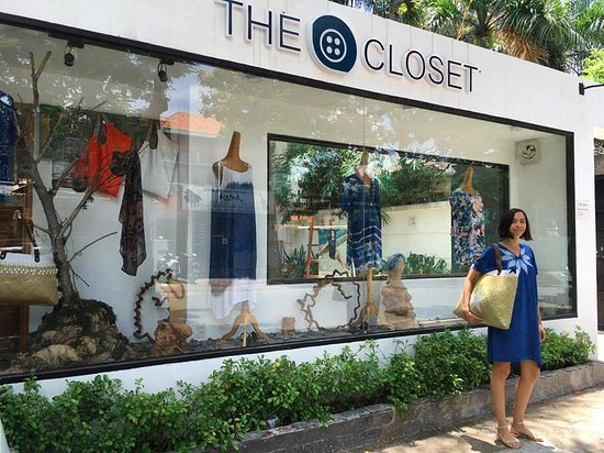The Closet: Shop Front In Xuan Thuy Street