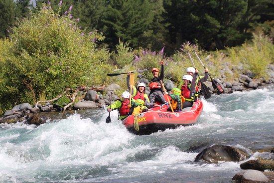 Turangi, Nueva Zelanda: On our first rapid!