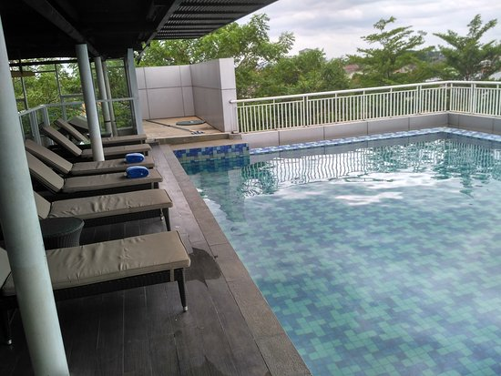 Balcony Picture Of Days Hotel Suites By Wyndham Jakarta Airport Tangerang Tripadvisor
